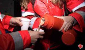 unidad_emergencia_social_curz_roja_almeria_los_cazadores+de+sonrisas+cruz+roja2