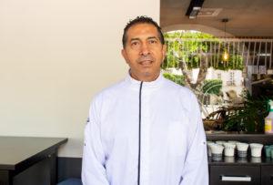Juanjo chef y propietario de Restaurante cuatro hojas en almeria